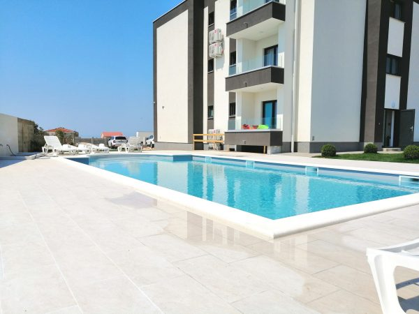 Villa Tina (Pool) – 61 Personen